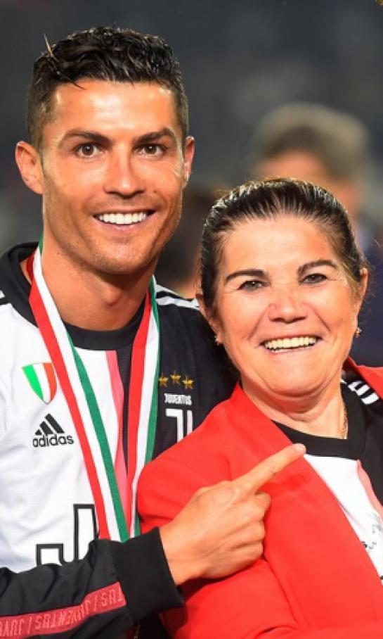 la-madre-de-cristiano-ronaldo-no-lo-oculta-quiere-que-su-hijo-vuelva-a-portugal