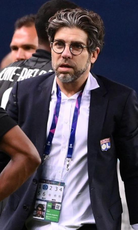 sancionan-a-juninho-pernambucano-director-deportivo-del-lyon-en-la-ligue-1